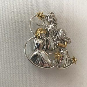 Jewelry - Cinderella Pendant Pin Princess New Broadway Play